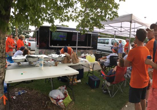 tailgating-trailer-company-tailgate-tonic