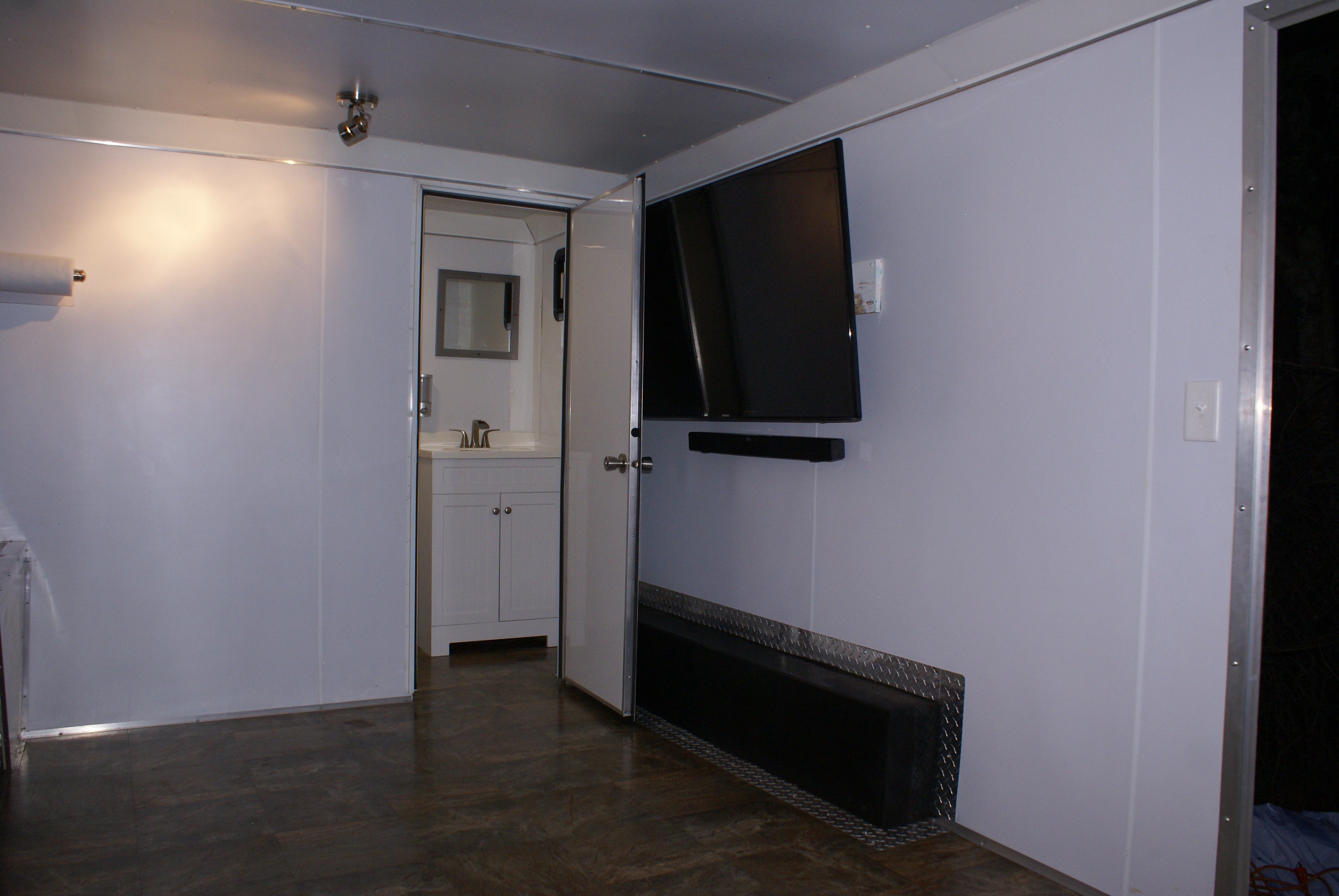 towable-tailgate-trailers-rental-company