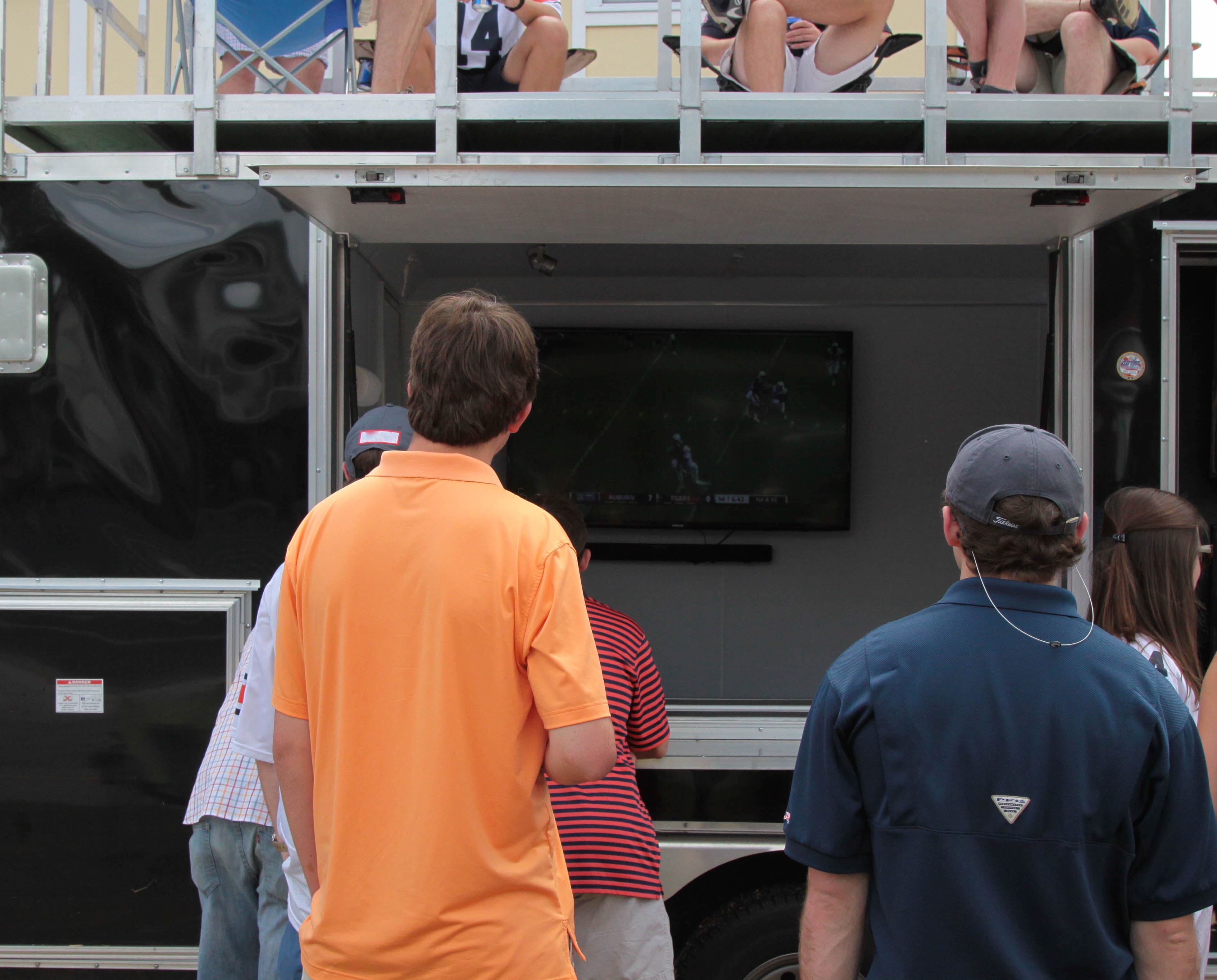 Tailgating-trailer-event-tailgate-king
